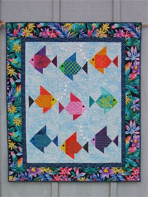Patchwork Fish Pattern - swimmies fish quilt by boyer a nine fish version