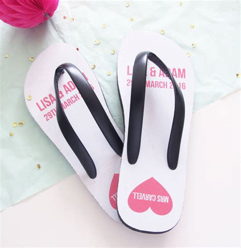 wedding box of flip flops personalised wedding flip flops by hurley