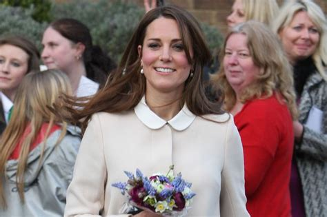 did duchess of cambridge kate middleton miscarried baby pregnant kate middleton shows off her baby bump but what