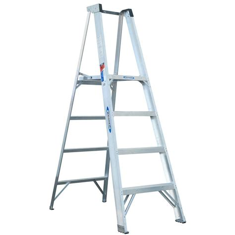 werner 4 ft aluminum platform step ladder with 300 lb