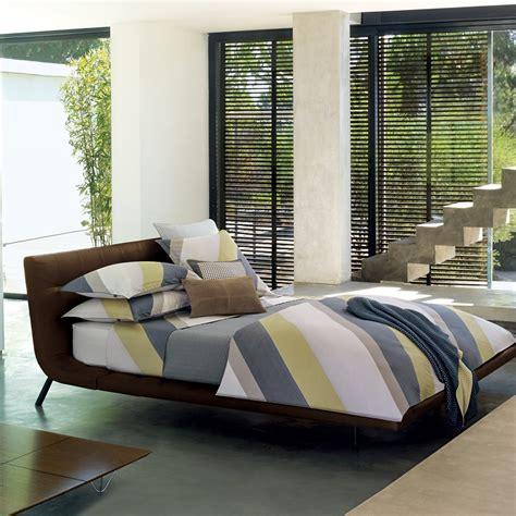 parure de lit hugo scarf golden linge de lit haut