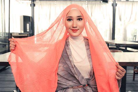 Cara Memakai Jilbab Cantik model jilbab cantik auto design tech