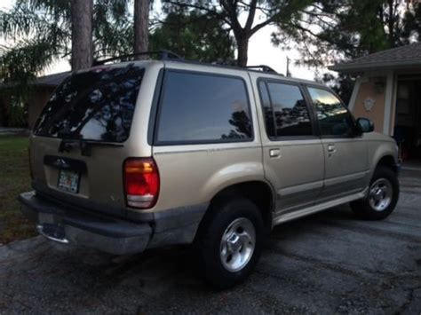 1999 ford explorer miami fl used cars for sale featuredcars com sell used 1999 ford explorer xlt sport utility 4 door 5 0l in sarasota florida united states