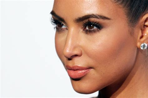 kim kardashian lookbook style evolution more pics of kim kardashian hair knot 6 of 26 kim