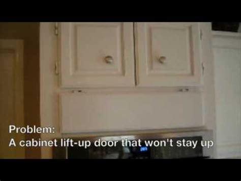 cabinet vertical door stay diy