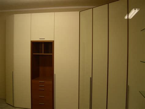 armadio con cabina armadio angolare armadio angolare con cabina armadi a prezzi scontati
