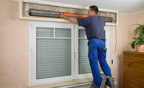 Alten Rolladenkasten öffnen by Rollladenantriebe Mit Hochschiebeschutz Treppen Fenster