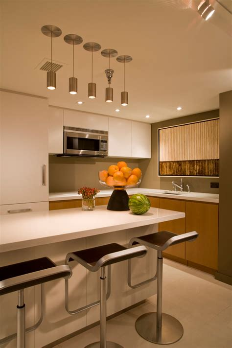 Small Condo Kitchen Design by Uso Eficiente Do Espa 231 O Em Um Apartamento De 55 Metros