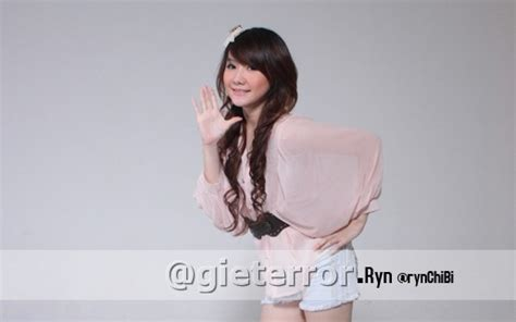 Download Mp3 Gigi Dilema | foto biodata profile cherry belle twitter nya cherry belle