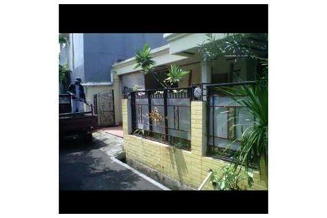 Lemari Pakaian Carrefour Rumah Disewa Dikontrakkan Pondok Kopi Urbanindo