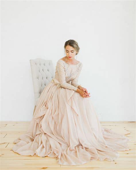 Hochzeitsschuhe Apricot by Brautkleider In Gold Und Blush