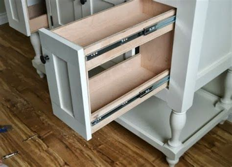 pull out drawers for bathroom cabinets best 25 pull out drawers ideas on pinterest kitchen pull out drawers kitchen