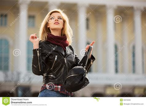 ladaires exterieurs happy fashion blond in leather jacket with handbag stock photo image 55316256