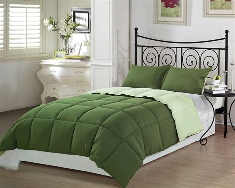 cheerful green comforters