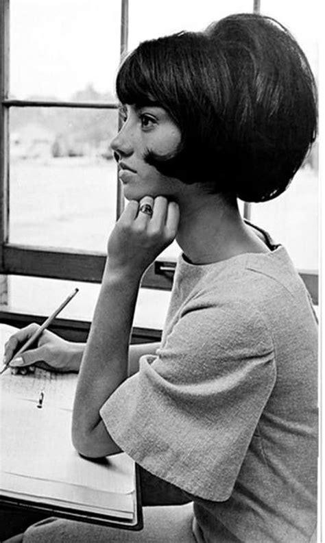 1960s models with dark hair best 25 1960s hair ideas on pinterest 1960 hairstyles