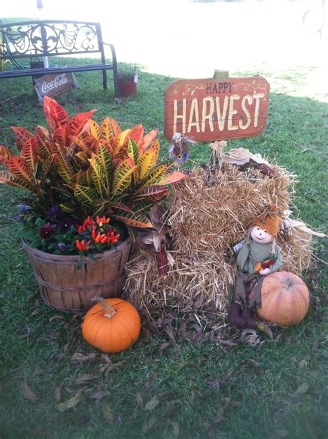 fall hay bale decorating ideas my fall hay bales fall