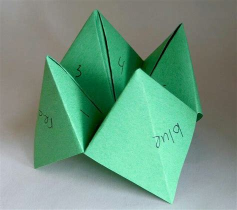 What Is Origami Paper Called - paper folded fortune called a quot cootie catcher