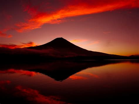 wallpaper mount fuji twilight lake japan  world