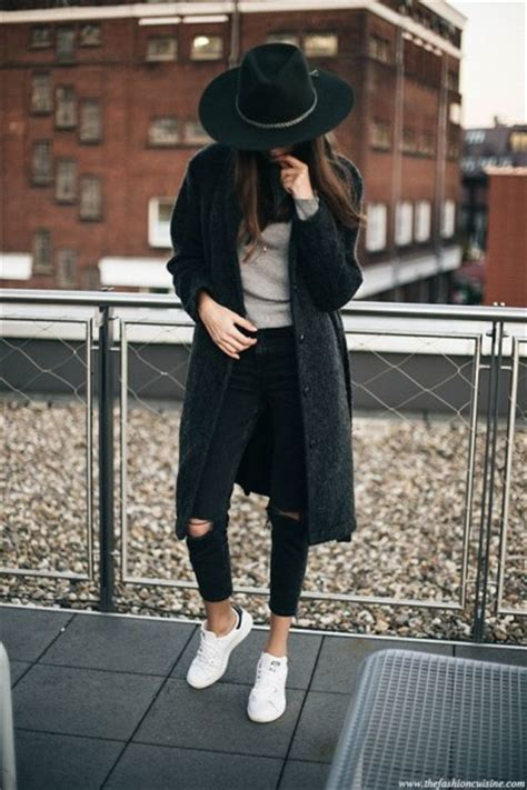 Blazer Thesa Maron winter with fedora hat why not try these looks