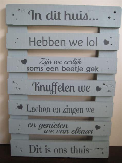 houten bord met tekst tuin pallet houten bord met tekst wooden pallet with text