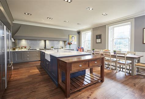 Handmade Kitchen Co - bespoke kitchens barnes of ashburton ltd