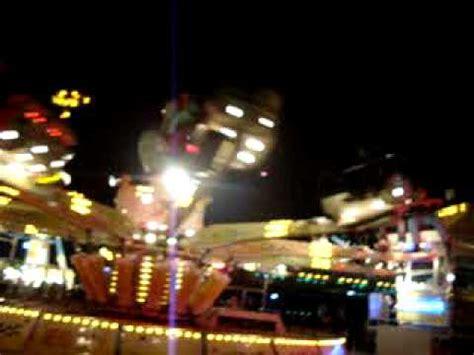 giostra tappeto volante rana pazza porto torres 2010