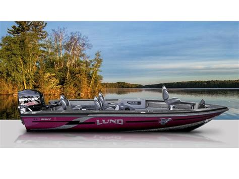 lund boats in maine mid maine marine 2016 lund core fishing 208 pro v gl