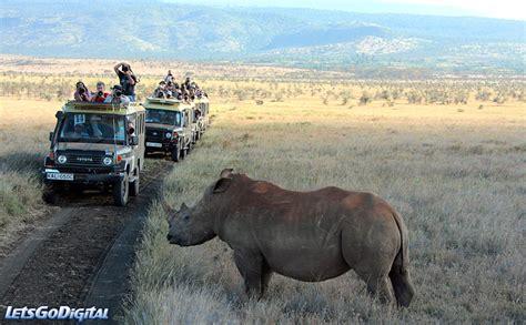 Syari Kanita kenya safari photos canon eos 1ds iii