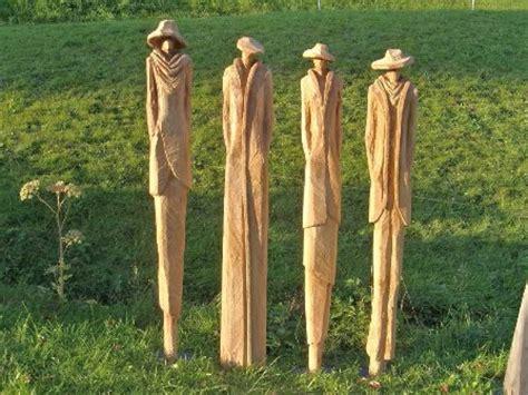 gartenskulpturen holz stahl skulpturen