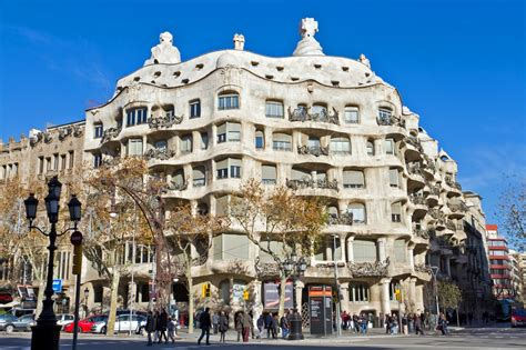 barcelona place to visit photoes most famous and amazing places to visit in