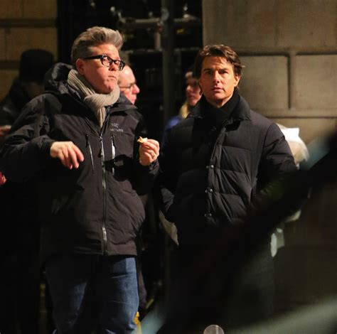 film streaming mission impossible 5 tom cruise and rebecca ferguson on the london set for