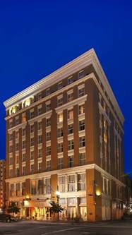 best hotels in new orleans best western plus st christopher hotel new orleans louisiana