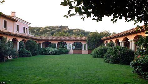 proprietà lada di sale berlusconi sells his 68 room sardinia mansion to saudi