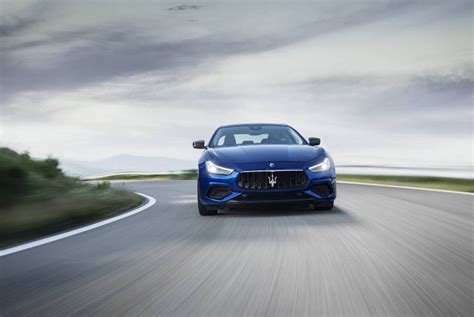 maserati steering wheel driving maserati ghibli the absolute opposite of ordinary