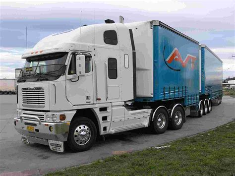freightliner used trucks freightliner argosy 05 wallpaper freightliner trucks