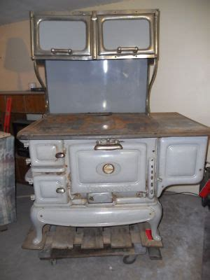 Antinque Wood Burning Cook Stove Great Western Banquet