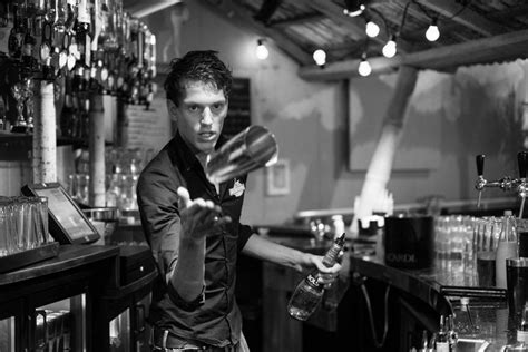 The Bartender B W Pentaxforums Com