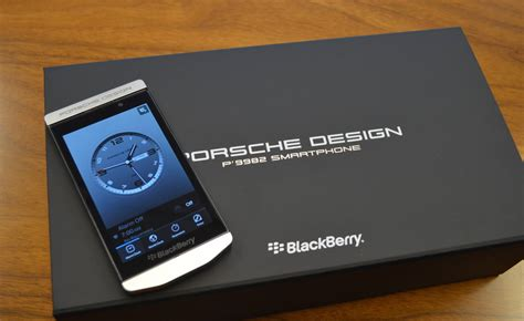 blackberry porsche design p9982 un blackbeery z10 par porsche design