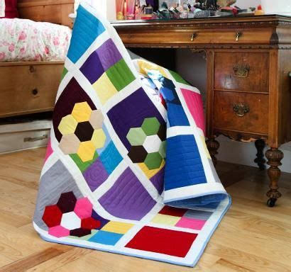 Thinking Blocks By Destyle Shop craftsy fabric shop got me thinking of this quilt