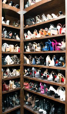 the most fashionable rooms of the week kaley cuoco shoe