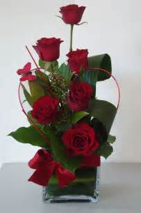 flowers arrangements beautiful red roses look close to see the butterfly