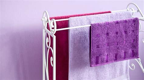piantana porta asciugamani utile  glamour dalani  ora
