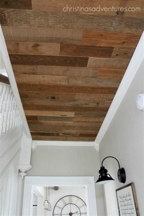 Wood Ceiling Molding by 1000 Ideas About Pallet Ceiling On Wood