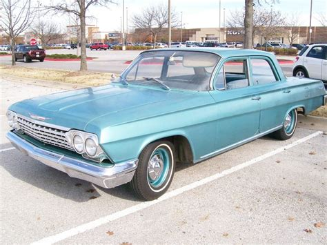 Medium Turquoise 1962 Chevrolet Biscayne For Sale   MCG