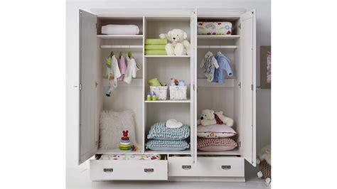 kleiderschrank babyzimmer kleiderschrank odette babyzimmer schrank in kiefer wei 223 massiv