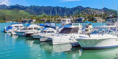 living on a boat in honolulu guide to hawaii kai marina front homes neighborhoods