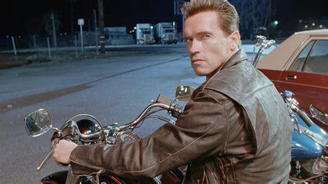 Motorrad Arnold Forum by Arnold Schwarzenegger Confirms Terminator Return