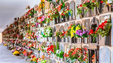 Imagenes Dia De Los Difuntos Postales Dia De Los Difuntos Tarjetas Dia | brindando en quot todos los santos quot motivos para brindar