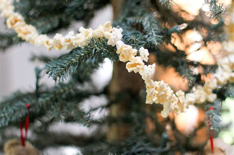 how to string popcorn on a christmas tree 11 steps