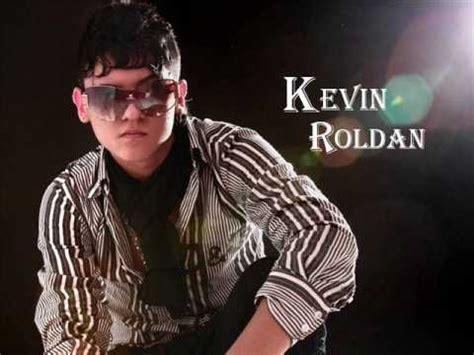 imagenes de kevin roldan sin gafas cual es la vaina cuchi cuchi kevin roldan ft crissin